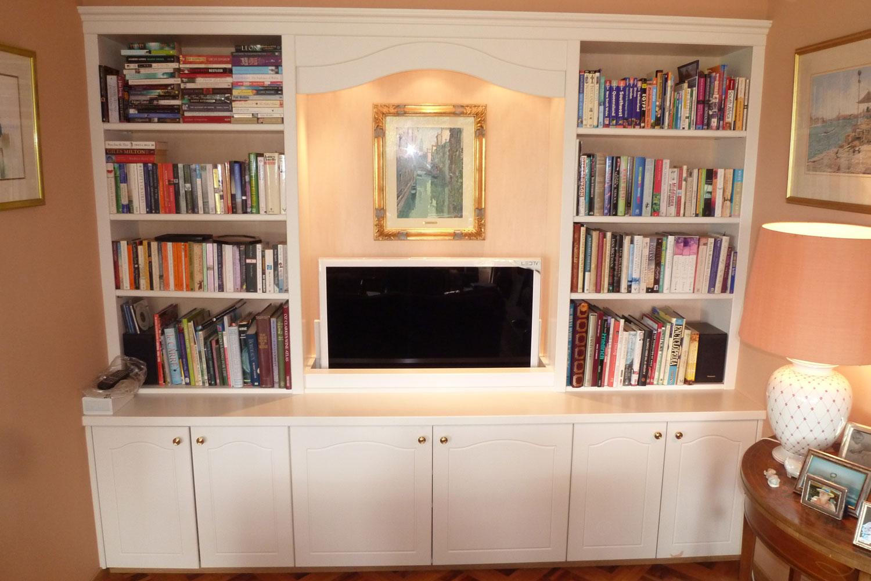 meubles motorisé biliothèque avec intégration téléviseur