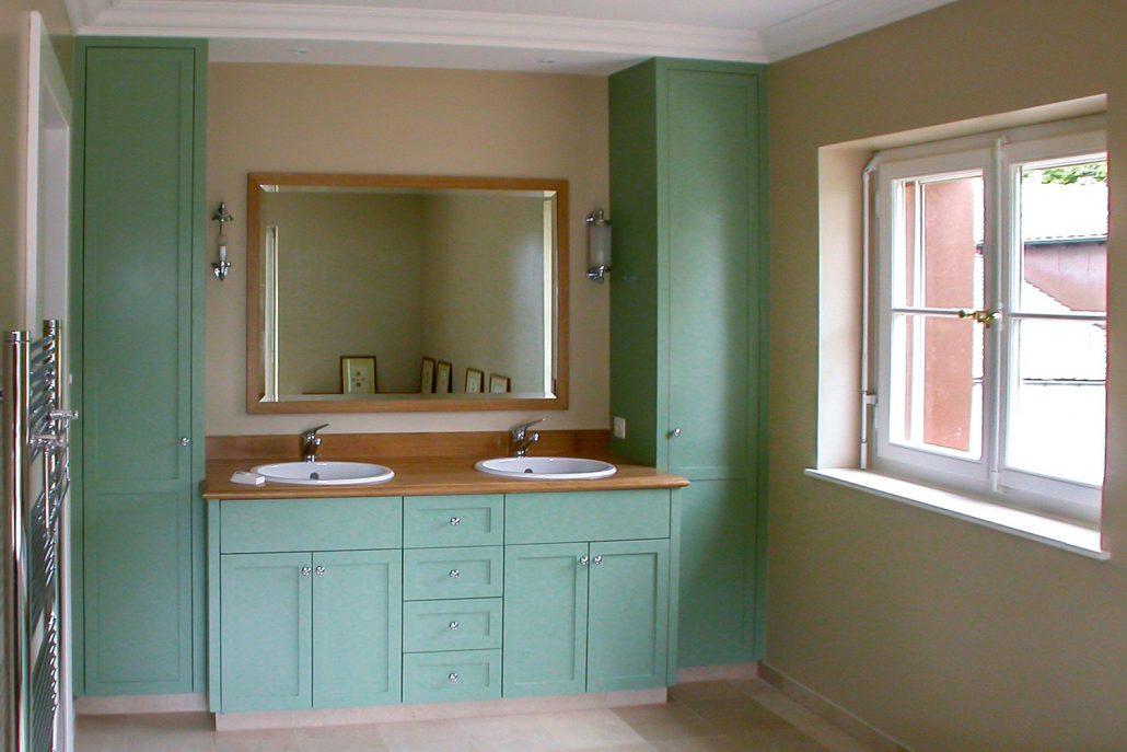 Meuble de salle de bain vert | Loutan ébénisterie